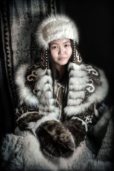 I Travelled 40000 Km Across Siberia To Photograph Its Indigenous People. One Year Later Heres The Result - People Photos - Ideas of People Photos - I Travelled 40000 Km Across Siberia To Photograph Its Indigenous People. One Year Later Heres The Result We Are The World, People Around The World, Jimmy Nelson, 3d Foto, Ethno Style, Steve Mccurry, Native American Women, Photo Reference, People Photography