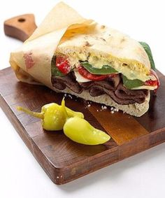 Tickle Your Taste Buds with a Tangy Roast Beef Sandwich