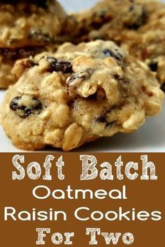 Soft Batch Oatmeal Raisin Cookies Recipe for Two Soft Batch Oatmeal Raisin Cookies Recipe for Two Danielle Colton dcolton Cakes Cupcakes Cookies These Soft Batch Oatmeal Raisin Cookies are super nbsp hellip batch cinnamon muffins Small Batch Cookie Recipe, Small Batch Baking, Small Batch Of Cookies, Soft Batch Cookies, Soft Cookie Recipe, Soft Oatmeal Raisin Cookies, Oatmeal Cookie Recipes, Oatmeal Dessert, Frost Donuts