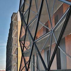 Departamentos Cestas en Paris / OFIS architects,© Tomaz Gregoric