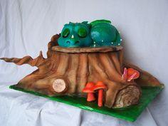 Super cute Dragon cake!