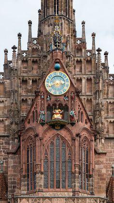 Church Architecture, Architecture Details, Clock Display, Cool Clocks, Strange Places, Cathedral Church, Secret Rooms, Amazing Buildings, Antique Clocks