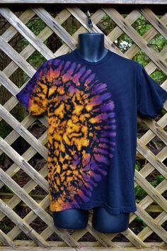 Ice Tie Dye, How To Tie Dye, How To Dye Fabric, Tye Dye, Tie Dye Tutorial, Tie Dye Bedding, Diy Tie Dye Shirts, Tie Dye Crafts, Tie Dye Rainbow