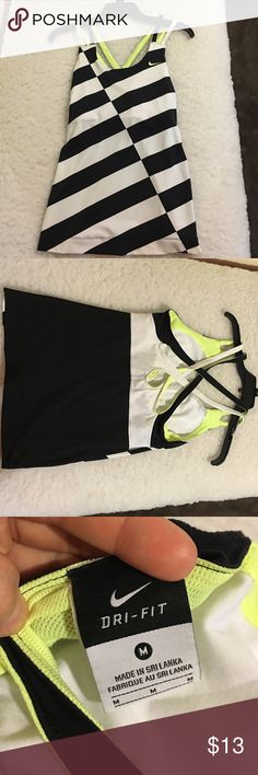 Nike workout top Good condition built in bra size M Dri Fit Nike Tops Tank Tops