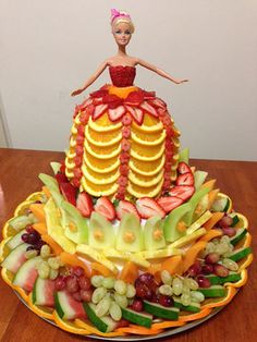 Barbie cake made of fresh fruit by Saana Etri