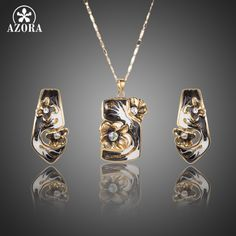 Women Jewelry Set With 1pair Stellux Austrian Crystal Clip Earrings and 1pcs Pendant Necklace TG0181 Do you want it http://www.fashionobi.com/product/azora-women-jewelry-set-with-1pair-stellux-austrian-crystal-clip-earrings-and-1pcs-pendant-necklace-tg0181/ #shop #beauty #Woman's fashion #Products