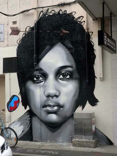 Artist: Linz in Sydney, Australia This is Art, not Mine nor yours, but It deserves to be seen...by everyone...Share it...