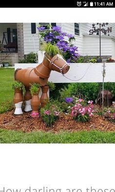 DIY Garden Pots project on a budget 06 - Diy Garden Projects Clay Pot Projects, Clay Pot Crafts, Diy Garden Projects, Garden Crafts, Yard Art Crafts, Flower Pot Crafts, Flower Pots, Diy Flower, Lawn And Garden