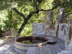 Invigorating garden design with a small plunge pool to relax - Garten - Garden Deck Spa Design, Deck Design, Garden Design, Design Ideas, Bath Design, Jacuzzi Outdoor, Outdoor Baths, Whirlpool Deck, Rustic Deck