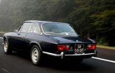 GentleCar: Alfa GTV 2000