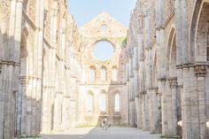 San Galgano abbey – WEDDING STORIES