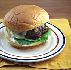 Green chili cheeseburger (with green chilies and cheese inside), slathered with a spicy sauce. Sliders or burgers. Grilling Recipes, Beef Recipes, Cooking Recipes, Cheese Dishes, Cheese Recipes, Beef Dishes, National Cheese Lovers Day, Turkey Burger Recipes, Sandwich Recipes
