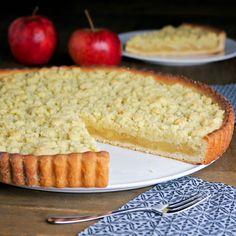 Zelf vlaai bakken is niet moeilijk. Volg de instructies in het recept en zet deze verrukkelijke appel-greumelkesvlaai op tafel.