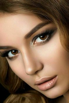 Top 10 Countries With The World's Most Beautiful Women (Pictures included) Most Beautiful Faces, Beautiful Eyes, Girl Face, Woman Face, Brunette Beauty, Hair Beauty, Portrait Photos, Portraits, Beauté Blonde