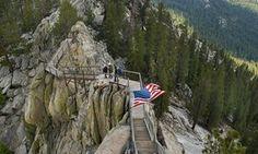 Giant Sequoia National Monument