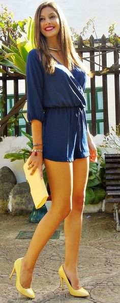 Yellow And Blue Relax Chic Style - Cirenea
