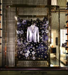 Ermenegildo Zegna Window Display Made to measure http://www.pinterest.com/force4638/windows-lovers/