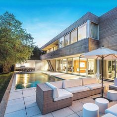 hamptonsrealestate Spectacular evenings in the Hamptons style on #BurnettCreek. Exclusively listed with @chriscovertre for $10,500,000. . #hamptonsstyle
