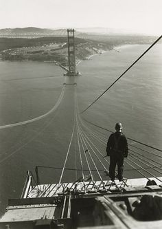 building the golden gate bridge - photographer unknown