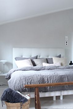 Bed and pillows Gray Bedroom, Home Bedroom, Bed Frame And Headboard, Bed Frames, Interior Inspiration, Bedroom Inspiration, Bedroom Ideas, Pillows, Interior Design