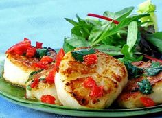 Seared Scallops with a Special Thai Sauce