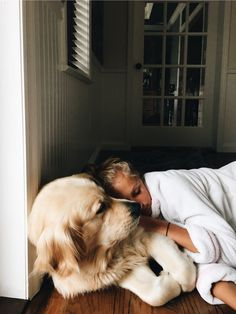 More About The Friendly Golden Retriever Puppy Health Cute Puppies, Cute Dogs, Dogs And Puppies, Doggies, Animals And Pets, Baby Animals, Cute Animals, Tier Fotos, Cute Creatures