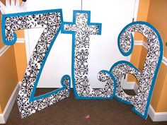 There are so many ways to decorate letters! How do you decide?!