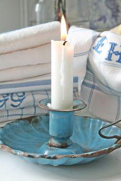Vintage Blue Enamelware Candle Holder with White Candle . Candle Lanterns, Pillar Candles, White Candles, Love Blue, Blue And White, Bougie Partylite, Shabby Chic Stil, Vibeke Design, Decor Scandinavian