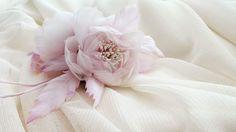 Silk Organza Hair Piece / Floral Hair Pece / Bridal Hair Piece www.cameliavlad.ro Bridal Hair Flowers, Silk Flowers, Bridal Hair Accessories, Bridal Hair Jewellery