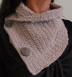free crochet pattern - crocheted cowl. Scroll down for PDF download