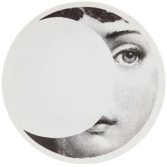 Fornasetti Plate (505 ILS) ❤ liked on Polyvore featuring home, home decor, wall art, white, black and white home decor, fornasetti plates, white plate, black white plates and porcelain plates