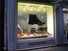 we love shops: Nuevas ideas originales para los escaparates de ca...
