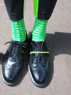 Oybo socks. #socks #oddsocks #style #fashion #stockings #hoisery #chaussettes #calzini #calzinispaiati #oybofriends #green #oybo #oybosocks #fluo #shoes #onepairtwosouls #mensstyle   #