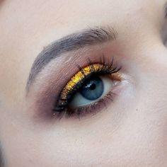 "- 🌟 (@camzmakeup_) en Instagram: ""#makeup #makeuplover #makeupaddiction #mua #eyebrows #eyelashes #eyes #blueeyes #eyemakeup #glitter…"""