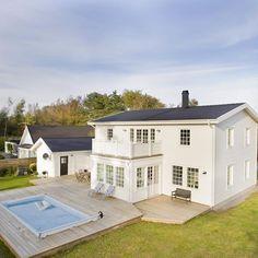 Här ser vi en annan variant av Rödhaken. #nybygge #bygganytt #byggahus #fiskarhedenvillan #hem #villa #hus #drömhus #exterior #exteriör #vibyggerhus #home #house #tvåplansvilla #rödhaken