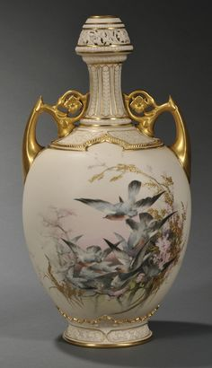 This bottle-formed Worcester porcelain vase, circa enameled with birds in flight by Charles Baldwyn Porcelain Jewelry, Fine Porcelain, Porcelain Ceramics, Painted Porcelain, Porcelain Tiles, Ceramic Bowls, Ceramic Art, China Tea Sets, China Painting
