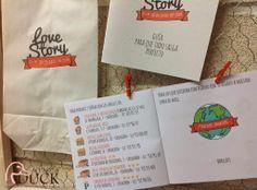 Invitaciones de Boda con historia de amor de los novios y guía para invitados.