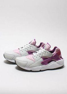 494c90d3c6d7 Nike Sportswear - Air Huarache Woven