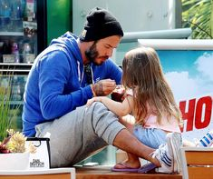 David Beckham takes daughter Harper out for ice-cream date - Photo 1 | Celebrity news in hellomagazine.com