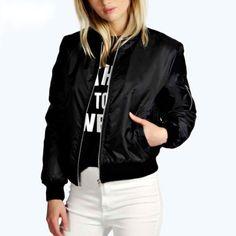 Black jacket on domifashion.com