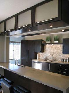 durchreiche in der k che traumhaus pinterest k che moderne k che und innenarchitektur. Black Bedroom Furniture Sets. Home Design Ideas