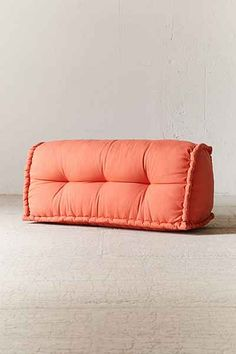 Shop colorful, convertible sofas and plush sectionals at Urban Outfitters. Find deco couches, loveseats, tufted daybeds, and more in various styles to refresh your home decor! Apartment Furniture, Furniture Sale, Furniture Design, Dorm Furniture, Diy Sofa, Diy Bed, Soft Seating, Extra Seating, Reema Floor Cushion