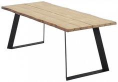 Tyylikkään ja näyttävän ulkomuodon omaava Triangel lankku ruokapöytä. Kansi on tehty kahdesta leveästä lankusta, jalat ovat metallia. Jaloissa on mielenkiintoinen muoto ja yhdessä leveiden lankkujen kanssa ne luovat oikein näyttävän kokonaisuuden. Pö
