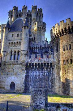 Castillo de Butron - Gatika - Vizcaya Spain. Still amazes me that people were able to create such beautiful buildings back then