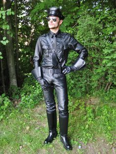 Mens Leather Pants, Tall Leather Boots, Black Leather, Leder Outfits, Leather Trench Coat, Lady, New Look, Hot Guys, Period