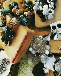 Collane orecchini bracciali boho stile...vetrina #sabinanosmokingsibijou