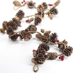 2019 Natural Pinecone and Berry Garland - Christmas Garlands - Christmas and Winter - Holiday Crafts Christmas Balls, Christmas Fun, Christmas Wreaths, Christmas Decorations, Winter Holiday, Natural Christmas Ornaments, Xmas, Homemade Christmas Gifts, Handmade Christmas