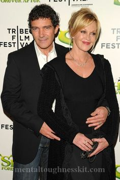 delightful Actress Melanie Richards Griffith grand Hairstyles Received a Golden Globe nomination for her performance in the successful TV movie Buffalo Girls Golden Globe Nominations, Melanie Griffith, Self Discipline, Golden Globes, Movie Tv, The Selection, Fashion Beauty, Success, Glamour
