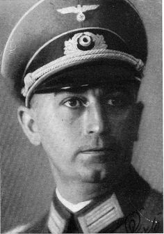✠ Helmuth Prieß (6 March 1896 - 21 October 1944) RK 07.03.1944 Generalleutnant Kdr 121. Inf.Div