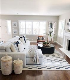 Having small living room can be one of all your problem about decoration home. To solve that, you will create the illusion of a larger space and painting your small living room with bright colors c… Living Room Sofa Design, Home Living Room, Apartment Living, Living Room Designs, Living Room Furniture, Living Room Decor, Furniture Layout, Rustic Furniture, Modern Furniture